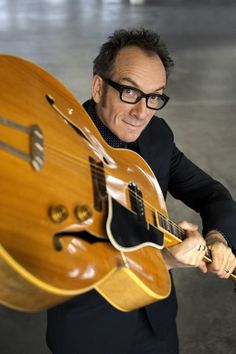 Rock'nGlasses: Elvis Costello #Optica #Sisquella #Barcelona