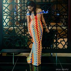 Latest Kente Designs That Will Make You Fall in Love - Afro Fahionista African Print Dresses, African Fashion Dresses, African Attire, African Wear, African Women, African Dress, Ankara Fashion, African Prints, Ghana Fashion