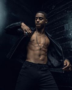 This is Keith Powers, he's an upcoming actor known for his roles in Straight Outta Compton, Famous In Love, and The New Edition Story. He shows out just as much on the big screen as he will on your phone screen.   18 Photos Of  Keith Powers That Prove Eyegasms Are A Thing