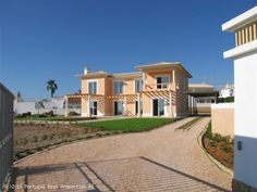 3 bedroom villa with pool in Praia da Luz, Lagos, Algarve, Portugal - Beautiful and charming villa with a very high specification, located in a quiet residential area, with sea views and close to Luz beach. - http://www.portugalbestproperties.com/component/option,com_iproperty/Itemid,8/id,409/view,property/#