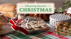 Homemade Gift Giving ideas for the holiday! Make this season special and give homemade baked goods to all your neighbors with a little help from Rhodes. Add one of our free printable gift tags for a special touch. Christmas Food Gifts, Christmas Gift Baskets, Homemade Christmas Gifts, Christmas Goodies, Holiday Treats, Homemade Gifts, Holiday Gifts, Holiday Baking, Christmas Baking