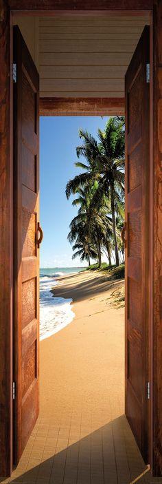 Poster: Beach Door online te koop. Bestel je poster, je 3d filmposter of soortgelijk product Deco Panel 52x156