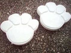 Retriever stepping stone mold abs plastic mould concrete plaster dog castings