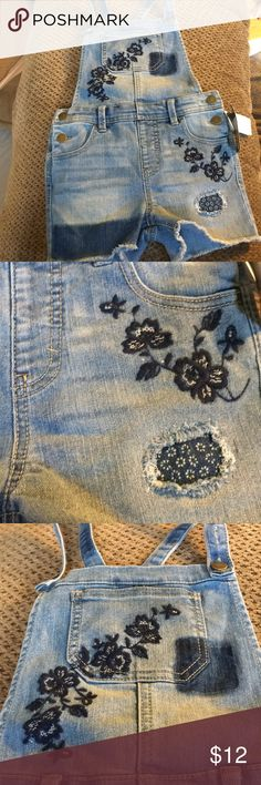 Denim Overalls Girls 6/6X w/Embroidered Flowers NWT Really Cute Denim Overalls for Girls in 6/6X Size w/Embroidered Flowers on Bib and on Shorts art class Other