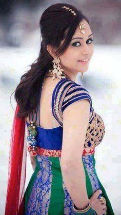 Punjabi dress Punjabi Girls, Punjabi Dress, Saree Poses, Girls Gallery, Stylish Girl Images, Beautiful Asian Women, Girls Image, Hd Photos, Asian Woman