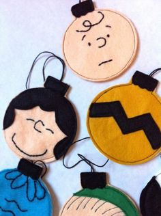 Charlie Brown Christmas Ornaments, I know these are ornaments but would be cute decorating cookies this way! My fan lives Charlie Brown