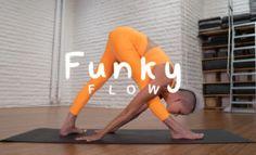 The Perfect 30-Minute Beginner Yoga Flow (FREE Class) Yoga Sequences, Yoga Poses, Spiritual Movies, Hip Opening Yoga, Bad Posture, Yoga Block, Free Yoga, Kundalini Yoga, Yoga Teacher Training