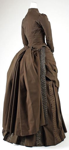 Ensemble Redfern  (1847–1940) Date: 1887–89 Culture: French Medium: wool, silk, cotton, metallic thread Accession Number: 49.3.32a–e