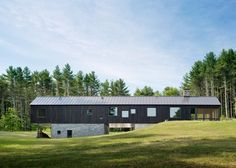 undermountain-residential-house-architecture-wood.jpg