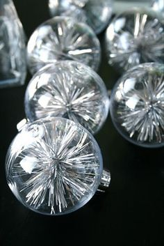 tinsle inside clear christmas balls, christmas crafts