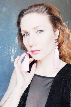 """Купить Серьги кисти """" Silk Rose"""" - розовый, нежно-розовый, серьги кисти. серьги кисти. #серьгикисти #серьгикисточки #серьгикистиспб #серьгикисточкикупить #надинбант #nadinbant #магазинукрашений #мода #тренд #красота #серьгинавыпускной #синиесерьгикисти #серьгикистиручнойработы #кистиизниток #сережкикисти #сережкикисточки #сережкикисточкикупить #спб #позолоченныесерьгикисти"""