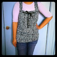 Bubbled Patterned shirt Blue,white and black shirt. Perfect for summer. Tops Tank Tops