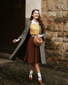 40s Fashion, Modest Fashion, Girl Fashion, Vintage Fashion, Fashion Outfits, Vintage Style Outfits, Vintage Dresses, Classy Sexy Outfits, Student Fashion