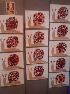 Schnecken basteln Juni 2017 Benötigte Materialien: Pappteller, Pfeifenputzer, T. Autumn Crafts, Fall Crafts For Kids, Autumn Art, Diy For Kids, Kindergarten Art, Preschool Crafts, Autumn Activities, Preschool Activities, Paper Plates