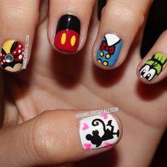 Disney nails discovered by berenice on We Heart It Disney Inspired Nails, Disney Nails, Disneyland Nails, Disneyland 2016, Cute Nail Art, Cute Nails, Pretty Nails, Hair And Nails, My Nails