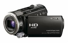 "#instagramers #pretty With its back-illuminated ""Exmor R"" CMOS sensor, the #HDR-CX560V HD Handycam Camcorder delivers superior low-light video. Full HD 60p/24p r..."