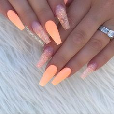The popular trend of peach acrylic nail art designs are rising, becoming one of the most fashionable artificial nails. Peach acrylic nails come in handy when you& tired of all the bare and bold hues that are popular today. In addition, when you