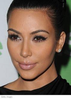 kimkardashian-cateyesmakeup.jpg (390×542)
