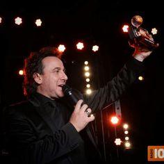 De 100% NL Oeuvre Award gekregen gisteren (3-2-2015) in de Ziggo