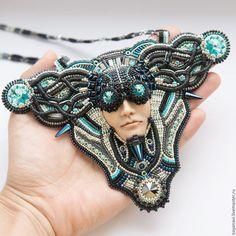 Beaded necklace / Колье, бусы ручной работы. Колье Wired Gorgon. Викулина Яна…
