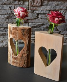 herzvase dualis holzdeko mit glasrohrchen – Wood Design heart vase dualis wood decoration with glass tube Wooden Gifts, Wooden Decor, Wooden Art, Woodworking Projects Diy, Diy Wood Projects, Woodworking Lathe, Deco Surf, Home Crafts, Diy And Crafts