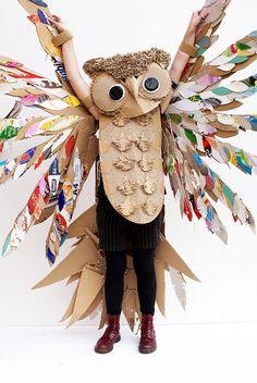 Cardboard Box Crafts, Cardboard Sculpture, Recycled Crafts Kids, Fun Crafts, Creative Halloween Costumes, Halloween Crafts, Diy For Kids, Crafts For Kids, Cute Baby Costumes