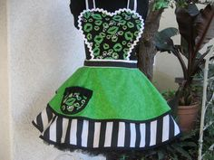 St. Patty's day apron...and nothing else if you ask me!