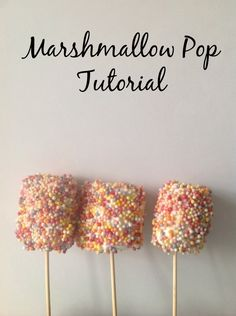 How to make marshmallow pops? Oh yes please! Cute, easy and super quick to make.