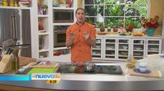 Prepara el caldo más sabroso junto al Chef James (VIDEO) – Un Nuevo Día