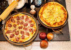 Uma coisa que aprendi ao longo dos anos é que tudo, absolutamente tudo, é mais gostoso se for fresquinho. Pensando nisso, que tal fazer a massa da pizza do final de semana e provar uma das melhores pizzas da sua vida?A receita de hoje é uma das mais gostosas que já gravamos: Gui aprendeu a …