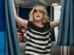 How to survive a 10-hour flight like a lady. Good info to remember.