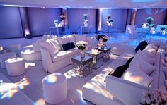 64 trendy Ideas for lounge seating wedding pillows Lounge Party, Bar Lounge, Lounge Seating, Lounge Areas, Lounge Club, Hookah Lounge, Seating Plans, Lounge Design, Lounge Decor