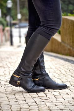 COMO SOBREVIVIR CON ESTILO UN EMBARAZO EN INVIERNO, botas it shoes, botas amazonas, botas negras, black boots, the must boots, street style, online shopping, boots, riding boots