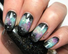 FingerFood's Theme Buffet: Yet another galaxy mani Funky Nails, Cute Nails, Pretty Nails, Pretty Nail Designs, Nail Art Designs, Mani Pedi, Manicure, Hair And Nails, My Nails