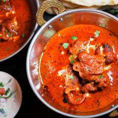 Maslo kura - jeden z najchutnejších indických receptov, ktoré si bude niekedy robiť.