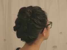 This is my go-to hairstyle when my hair is quite greasy and refuses to look decent in a braid. I probably wear this style times a week, on days I don't wash my hair. I did this on day hair, with a touch of dry shampoo from the day (I try not to… Messy Bun, Dry Shampoo, My Hair, Braids, Hairstyle, Nature, Messy Bun Updo, Bang Braids, Hair Job