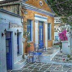 Lefkes in Paros Island, Cyclades . By @missgoa @Wonderful.Greece #WonderfulGreece #Wonderful_Greece #Greece #Grèce #Grecia #Griechenland #Paros #Cyclades #Παρος #Κυκλάδες #Ελλάδα #Hellas ¤ . @Greek_Blue #GreekBlue