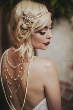 1920's Great Gatsby Leaf medallion pearl headpiece headband