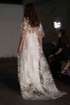 Fall 2018 NY Bridal Week: Rime Arodaky / Photo: The LANE