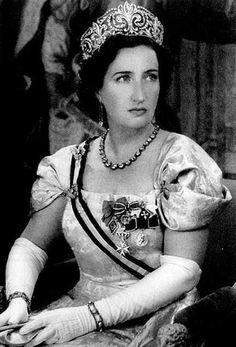 Doña María de las Mercedes de Borbón y Orleáns ....muy buena mediadora entre D. Juan y Juan Carlos......