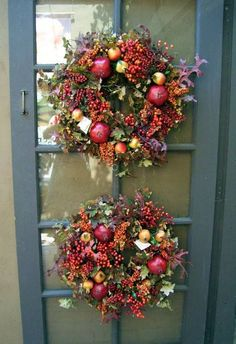 designer+christmas+decorating+ideas+for+front+porch | Fall Decorating Ideas: Front Porch Wreaths |Decorating for Fall ...