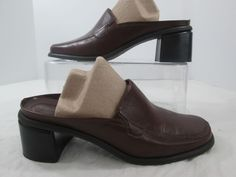 Naturalizer Brown Leather Mules Clogs Slides Slip On Block Heel Shoes Size 10 W #Naturalizer #Mules