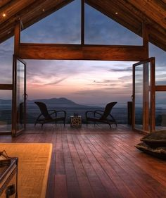 Editors' Picks: The Best Safari Lodges and Camps in Africa - Condé Nast Traveler Cottar's Lodge, Kenya Future House, My House, Beautiful Homes, Beautiful Places, Luxury Villa Rentals, Villa Luxury, Luxury Cabin, Luxury Homes, Lodges