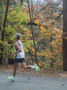 How to Evolve From a Walker to a Runner - http://antonsadviceblog.com/2011/10/08/how-to-evolve-from-a-walker-to-a-runner/