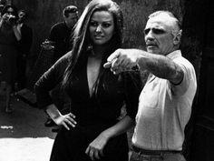 Claudia Cardinale e Mario Monicelli sul set de Le fate