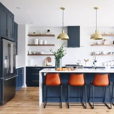 Light-filled contemporary model home in Ottawa offers inviting interiors - Kitchen Ideas Design Room, Home Design, Layout Design, Design Design, Kitchen Island Storage, Modern Kitchen Island, New Kitchen, Kitchen Decor, Kitchen Islands