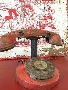 I love the color of this sweet old phone.D.D.'s Cottage and Design