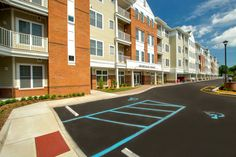 Envision living at Promenade Pointe. Browse 34 photos, 2 videos of our apartment community. Apartment Communities, Paddle Boarding, Virtual Tour, Norfolk, Canoe, View Photos, Kayaking, Tours, River