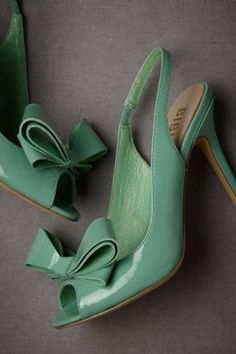 This green/blue/sea-foam color is my absolute favorite this spring. It is so fresh, lovely and pastel without being washed out. The Dimensional Peep-Toe pumps by Bibi Lou incorporate this sea-foam . Ankle Boots, Shoe Boots, Cute Shoes, Me Too Shoes, Bow Shoes, Pretty Shoes, Dress Shoes, Shoes Heels, Zapatos Shoes