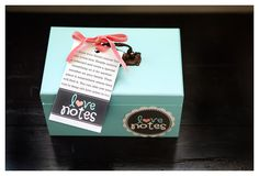 eighteen25: The Love Notes Box I love this idea, too bad my boyfriend isn't a great writer of lovenotes
